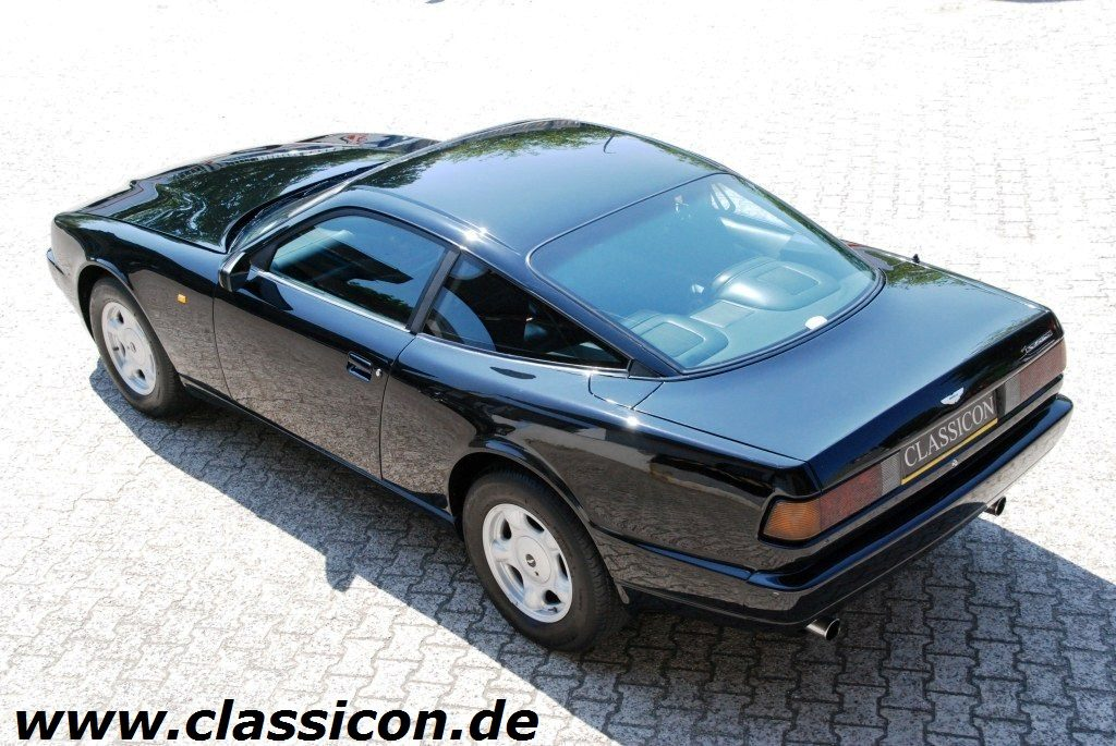 1990_Aston-Martin Virage-40