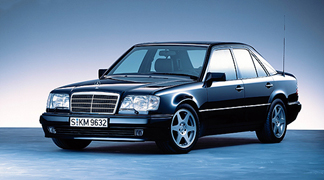 <strong>MERCEDES-BENZW124</strong>
