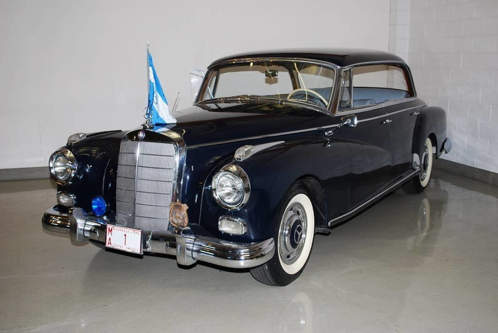 1957 – MERCEDES-BENZ300 d
