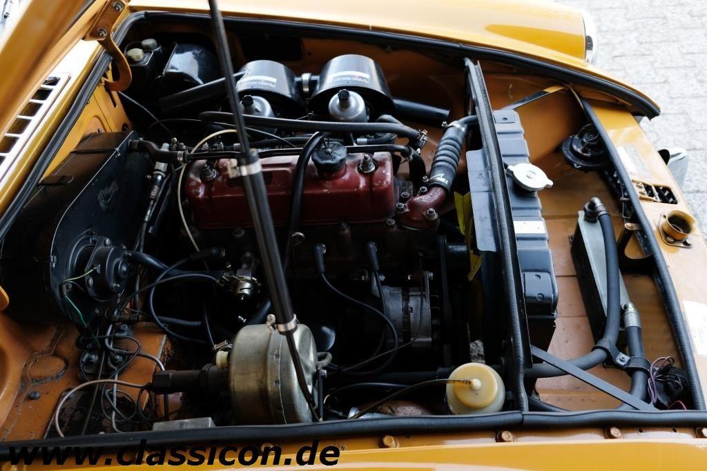 1970 - MG B GT Mk II - 15
