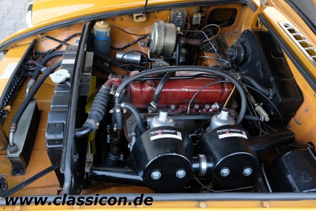 1970 - MG B GT Mk II - 16