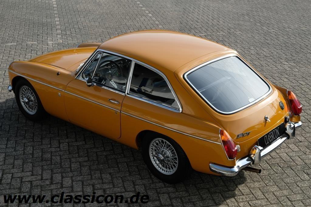1970 - MG B GT Mk II - 40