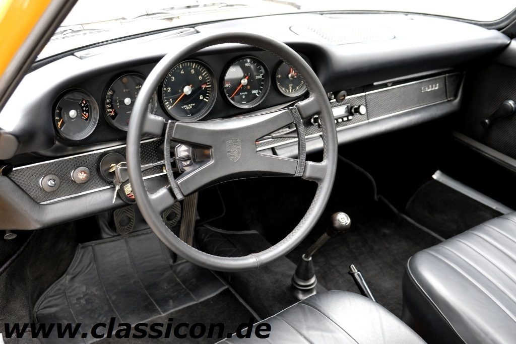 1969 - PORSCHE 911E 2.0 - 02